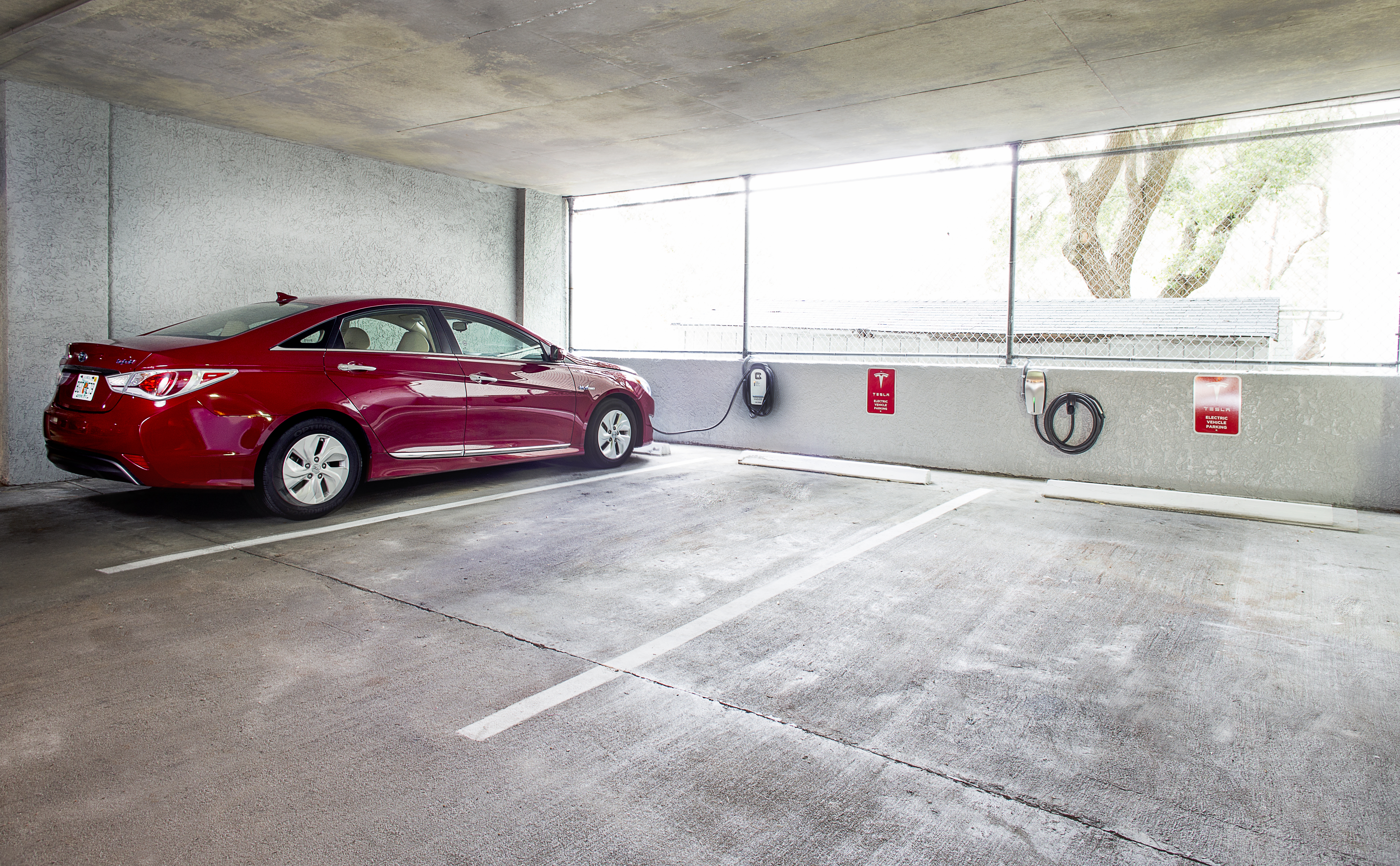 Caribbean Resort Goes Green With Free Recharging Stations for Guests With Hybrid Cars