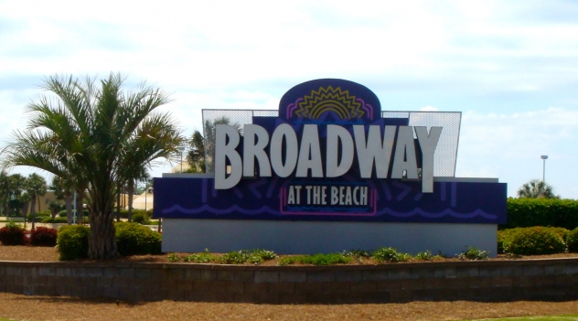 Top 10 Places for Holiday Shopping in Myrtle Beach